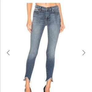 NWT FRAME jeans triangle/fray hem size 24